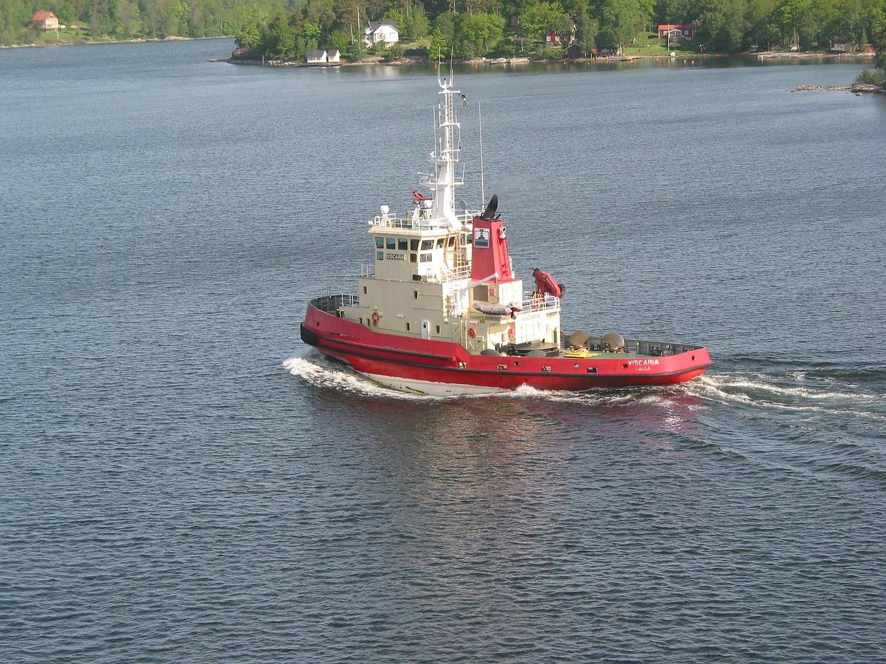 tugboat-free pic
